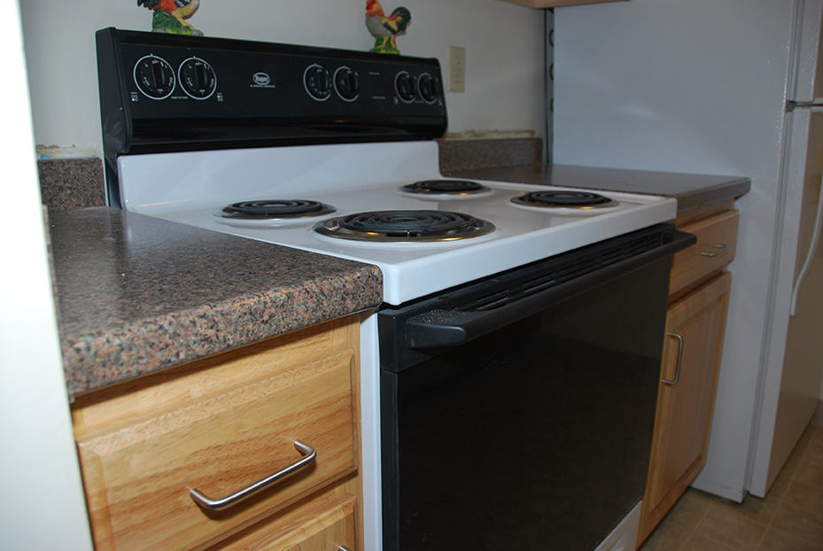 Market Mill Kitchen Cabinet and Countertop