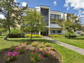 exterior of Braintree Village apartments in Braintree, MA