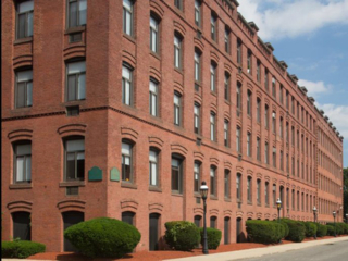 exterior of Stockbridge Court Apartments in Springfield, MA